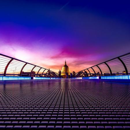 Backdrop: Architektur, Brücke, Gebäude bei Nacht