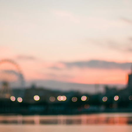 Backdrop: Bokeh Riesenrad Fluss